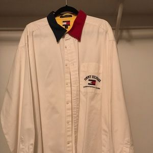 Men's stylish Tommy Hilfiger shirt. Size XXL.